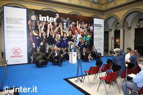 Photos: Inter for Emergency, your photo with the cup