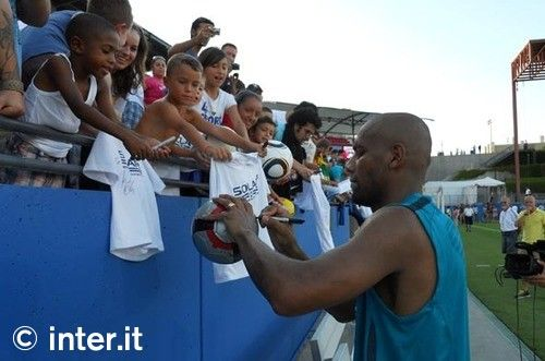Photos: Pictures and autographs for everyone