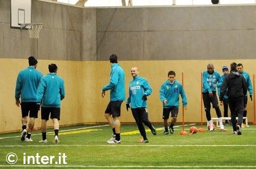 Photos: 1st training session before Inter v Genoa