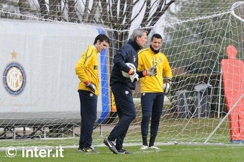 Photos: Julio, Castellazzi and Orlandoni in goal