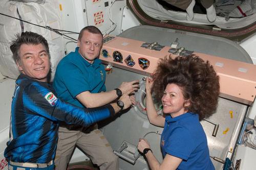 NASA: Inter conquers space, too