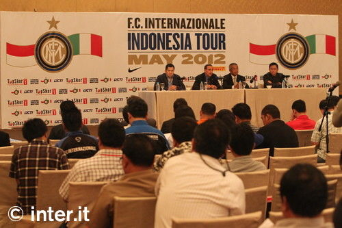 Photo: meetings in Jakarta before tour