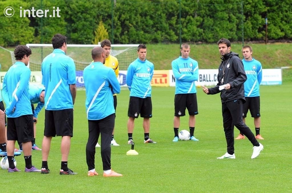 Photos: on the pitch, preparing for Jakarta