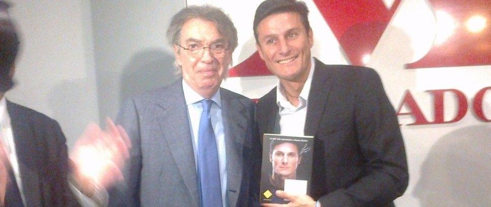 """President Moratti joins Zanetti for """"Giocare da uomo"""" presentation"""