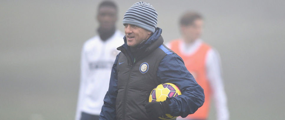 Mancini Bawa 24 Pemain Untuk Chievo v Inter