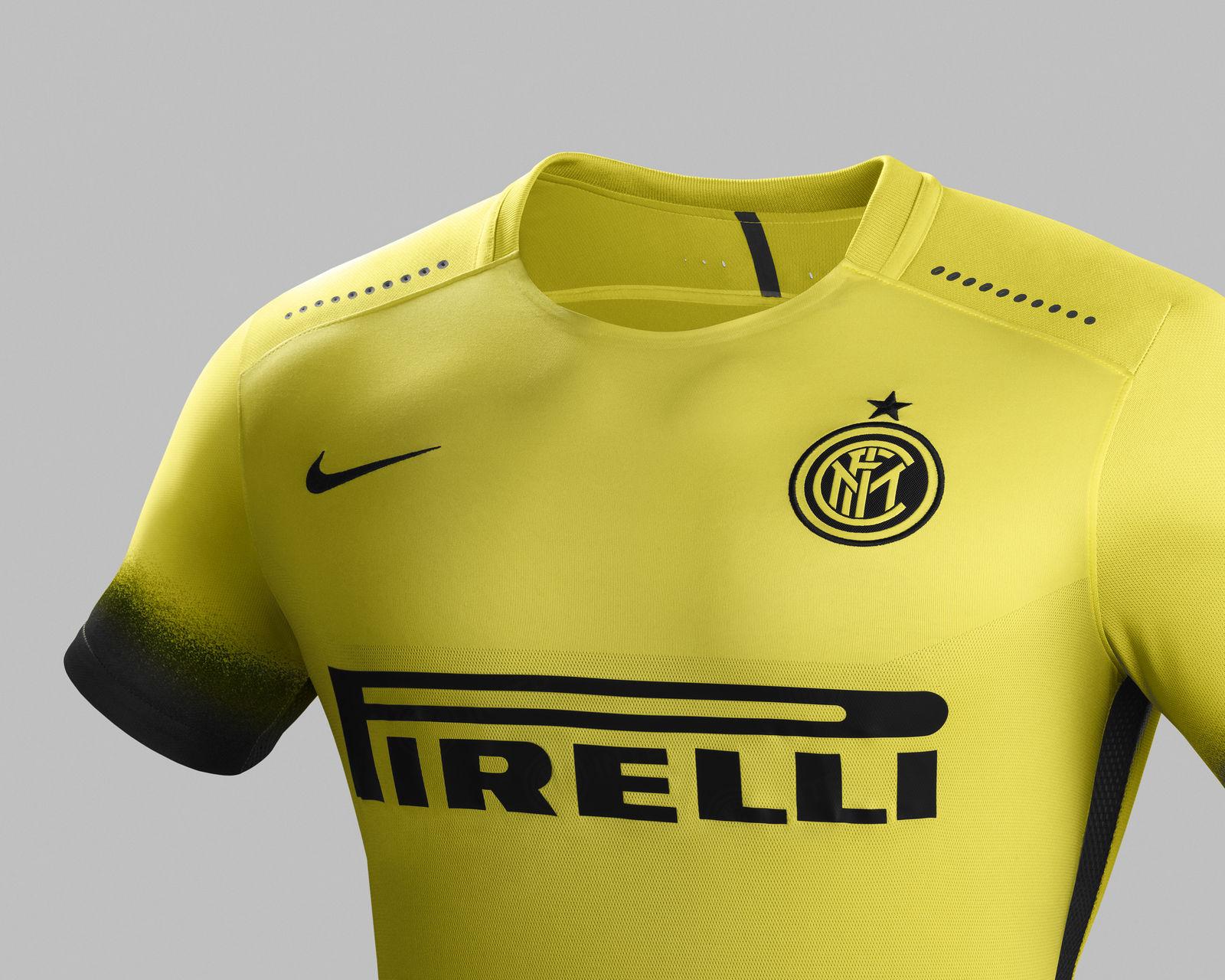Inter e Nike presentano la terza divisa per la stagione 2015