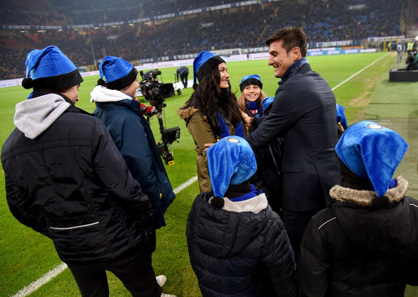El Club felicita las fiestas a los Inter Clubs