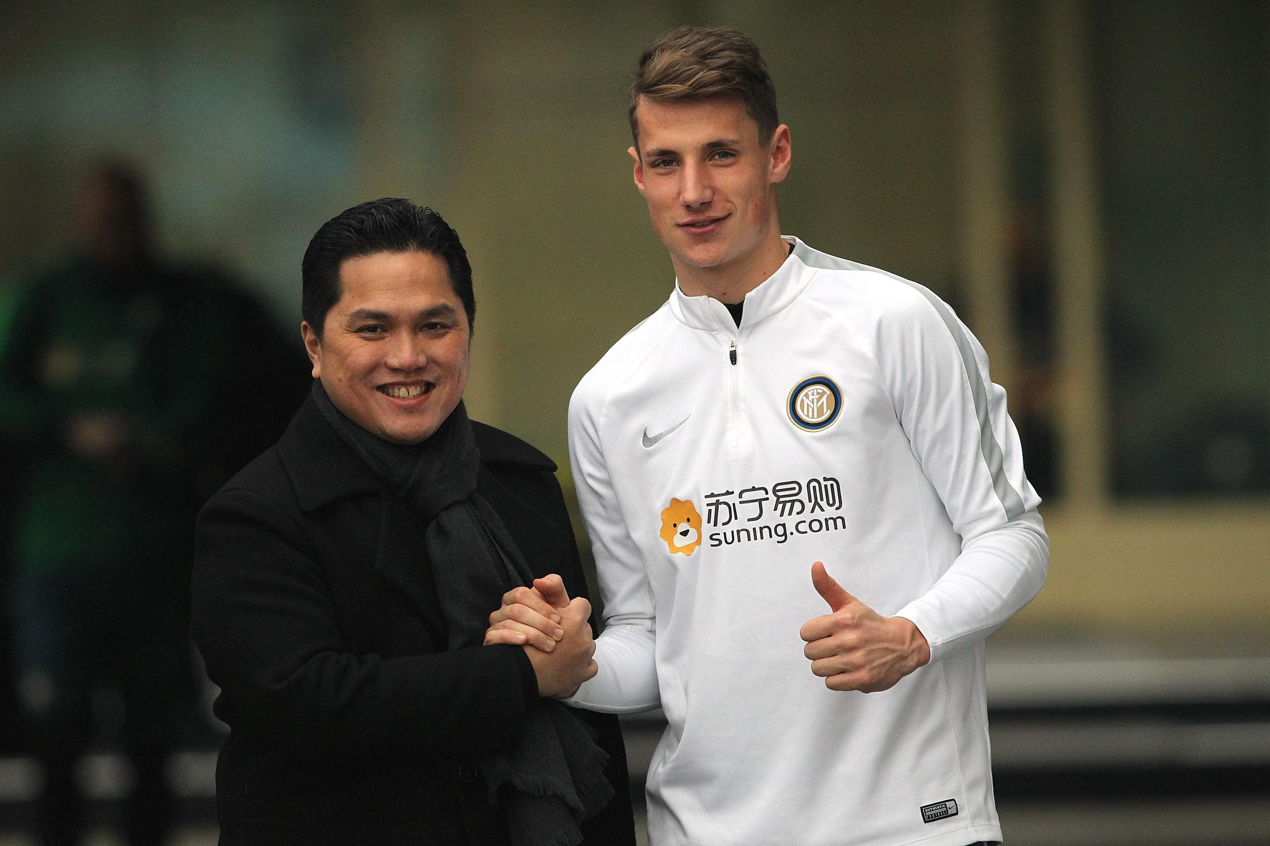 Erick Thohir visita al equipo