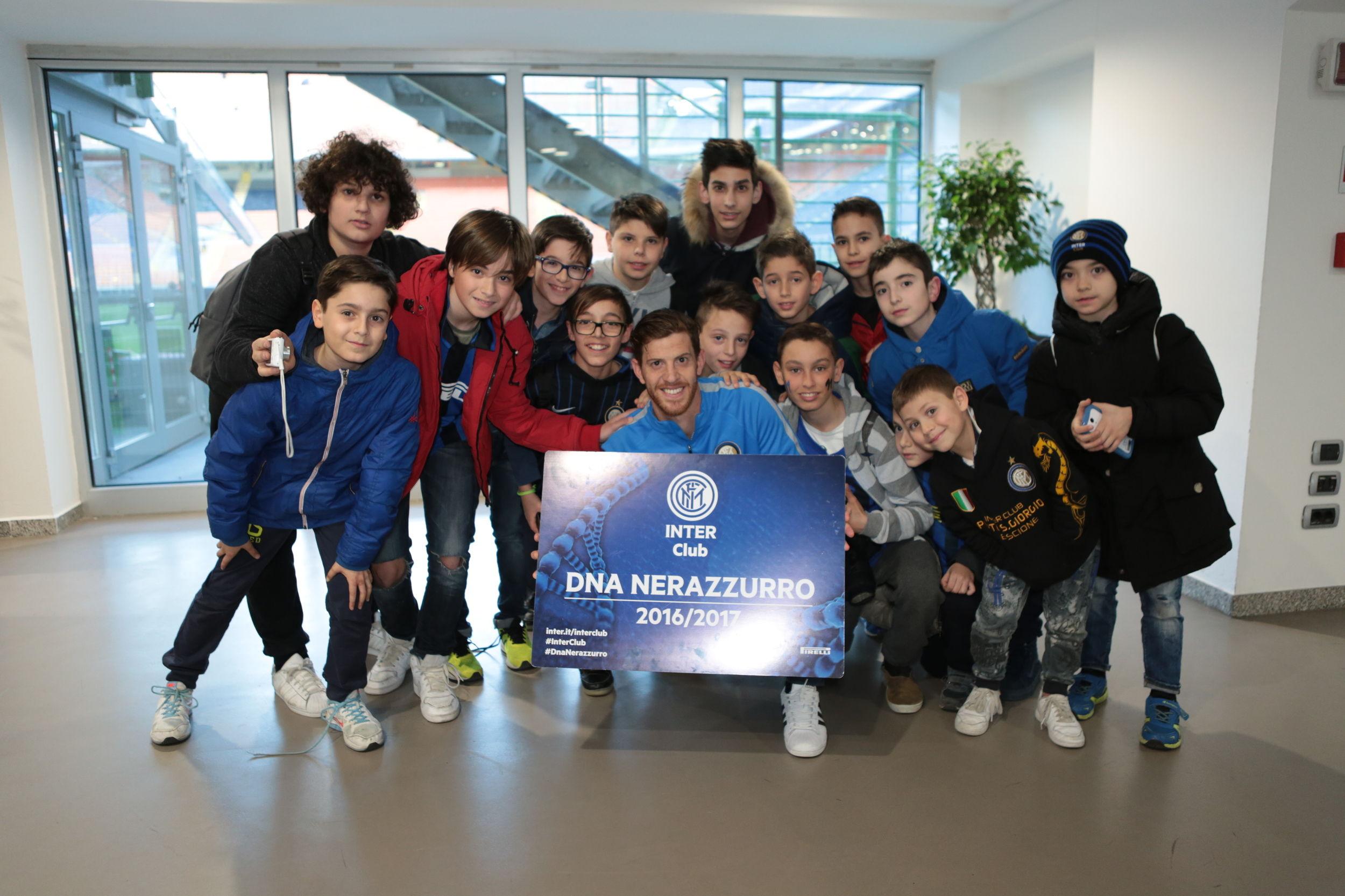 Ansaldi con i soci junior Inter Club