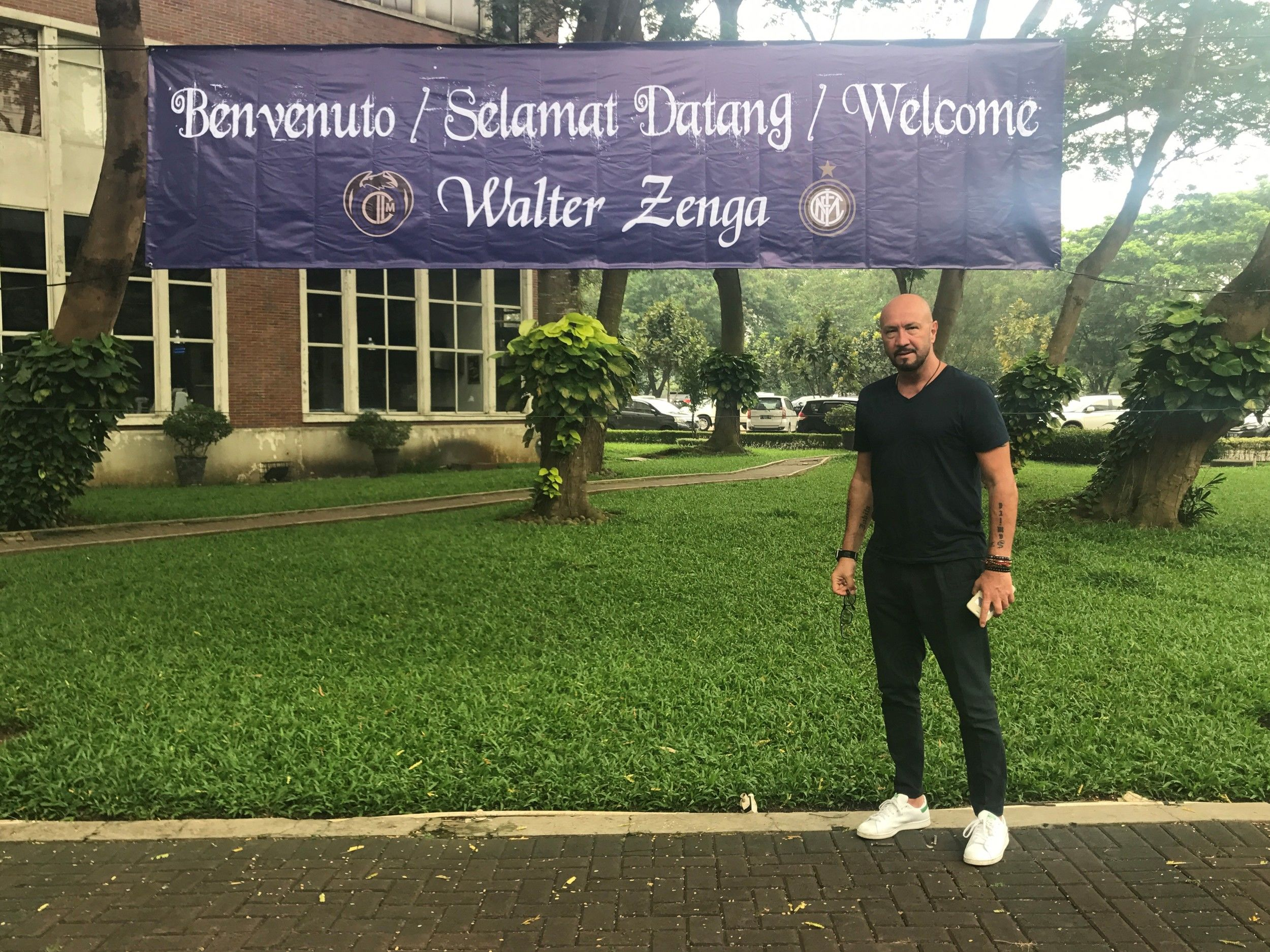 Walter Zenga with Inter Club Indonesia
