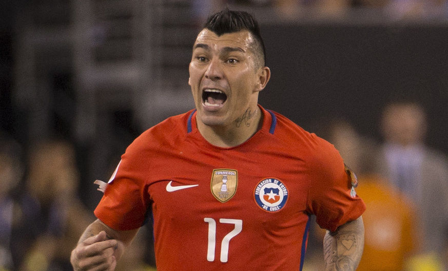 Internationals: Medel plays in Russia v Chile