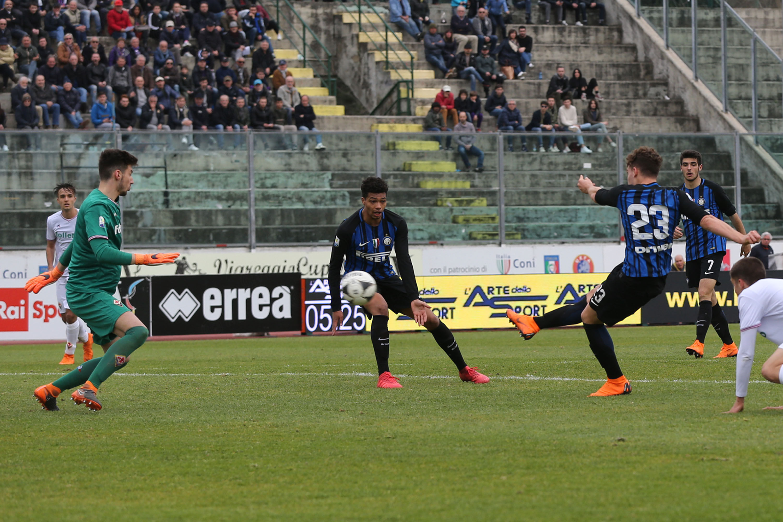 The best photos from the Viareggio Cup win