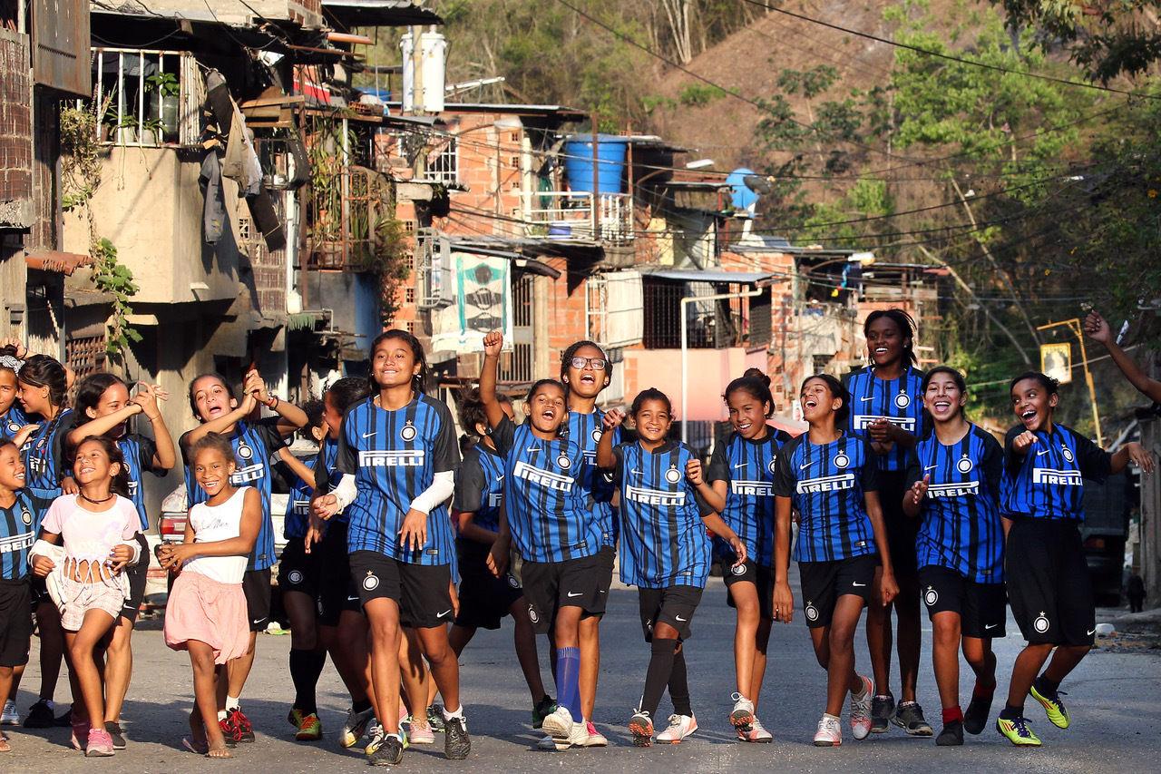 Coletas y trenzas: el Inter Campues Venezuela da la bienvenida a nuevos miembros