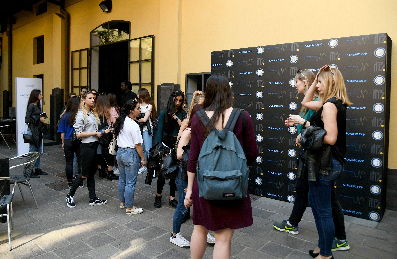 图集:国米群星参观米兰设计周