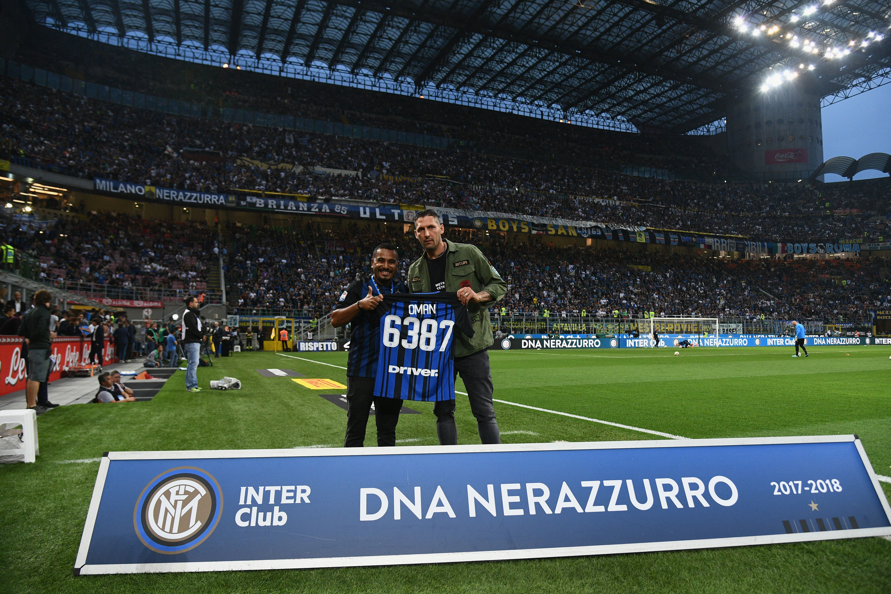 Materazzi at San Siro with Inter Club members from across the world