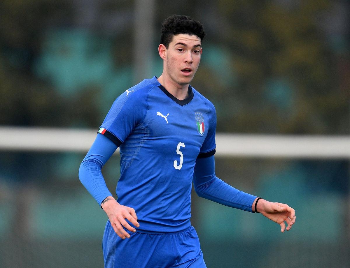 Alessandro Bastoni renews with Inter until 2023
