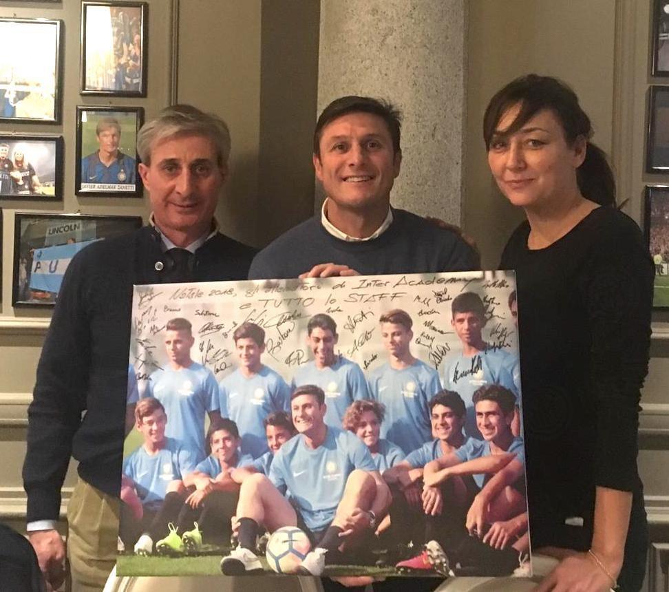 Inter Academy festeggia il Natale insieme a Javier Zanetti