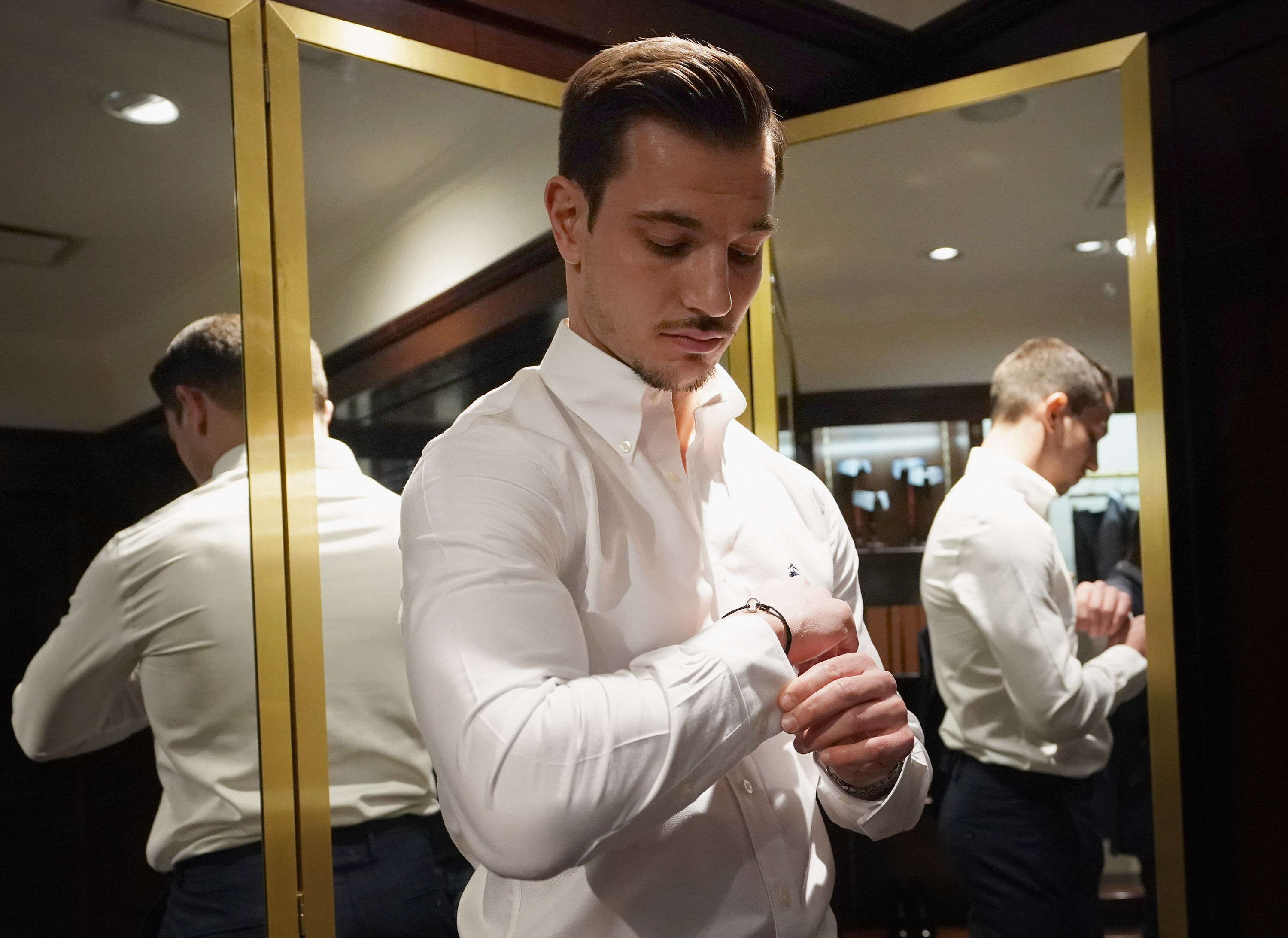 Cedric Soares da Brooks Brothers