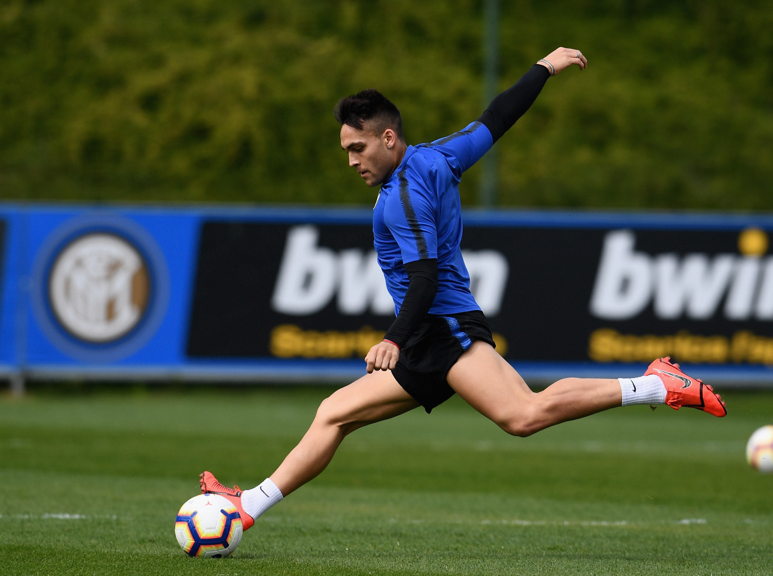 The team train once again ahead of Frosinone vs. Inter