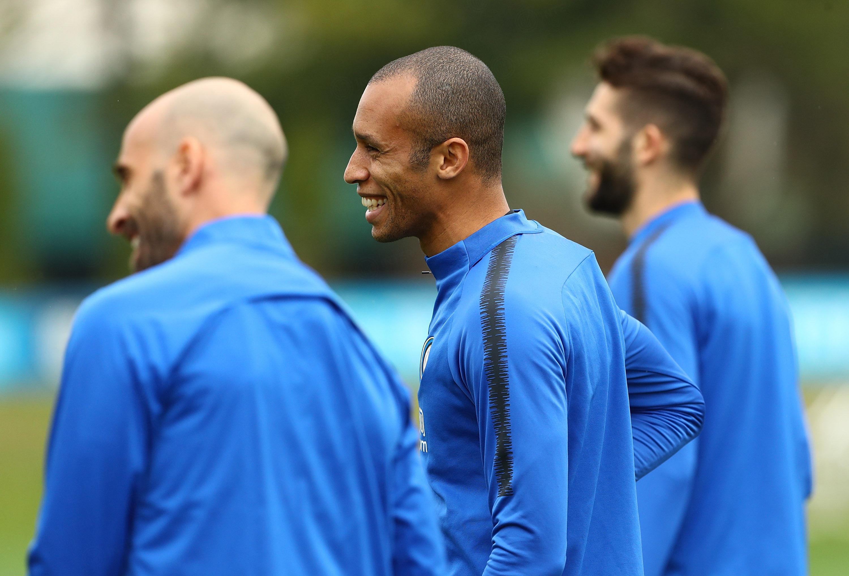 在对阵弗洛西诺内的比赛前,球队进行技战术训练