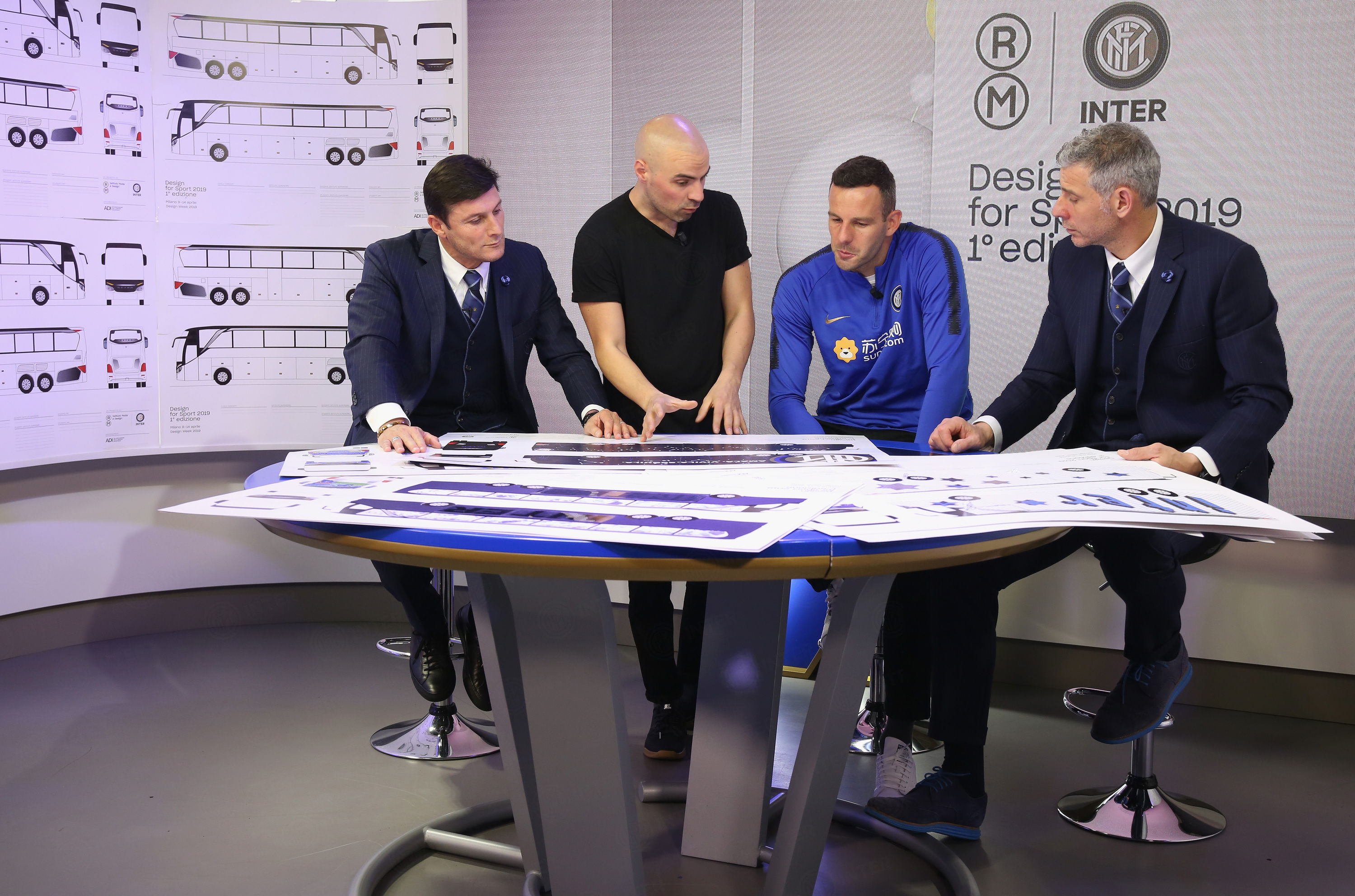 Design for Sport, submissions presented to the jury for the team bus