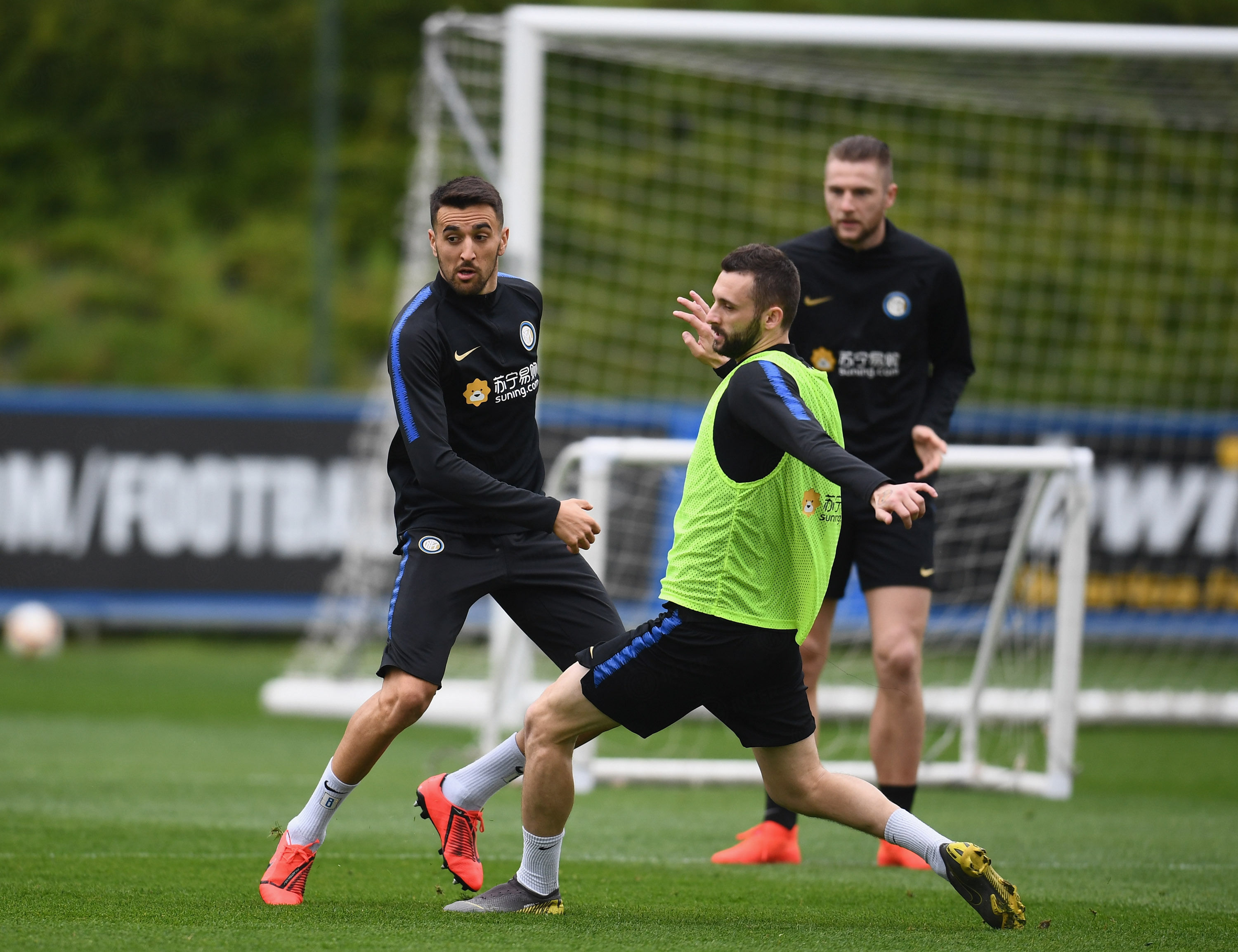Tactical work and a practice match as Inter vs. Juventus draws nearer