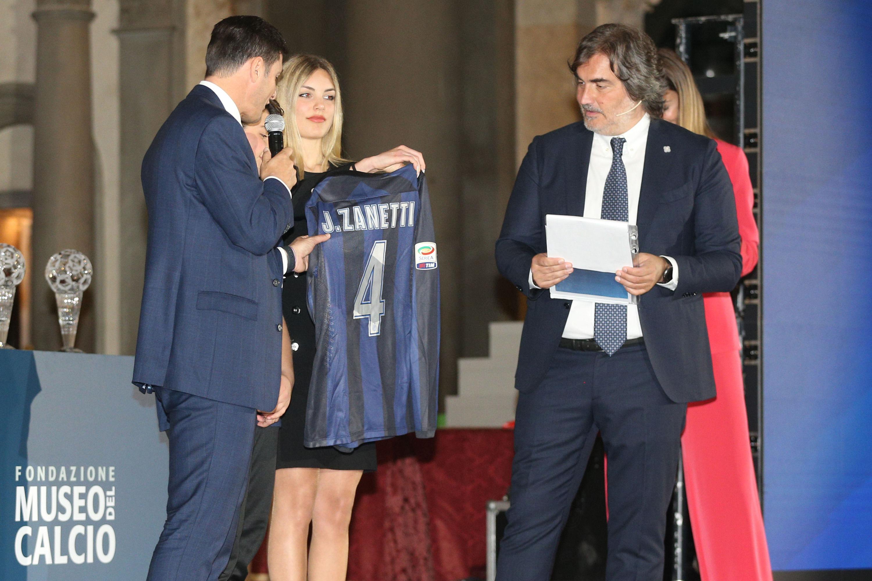 哈维尔-萨内蒂入选意大利足球名人堂