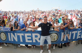 Julio Cesar with the Inter Clubs from Puglia