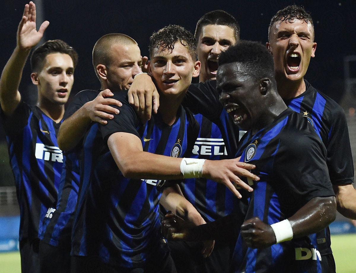 U17联赛决赛,罗马1-3国际米兰。蓝黑军团加冕意大利冠军!