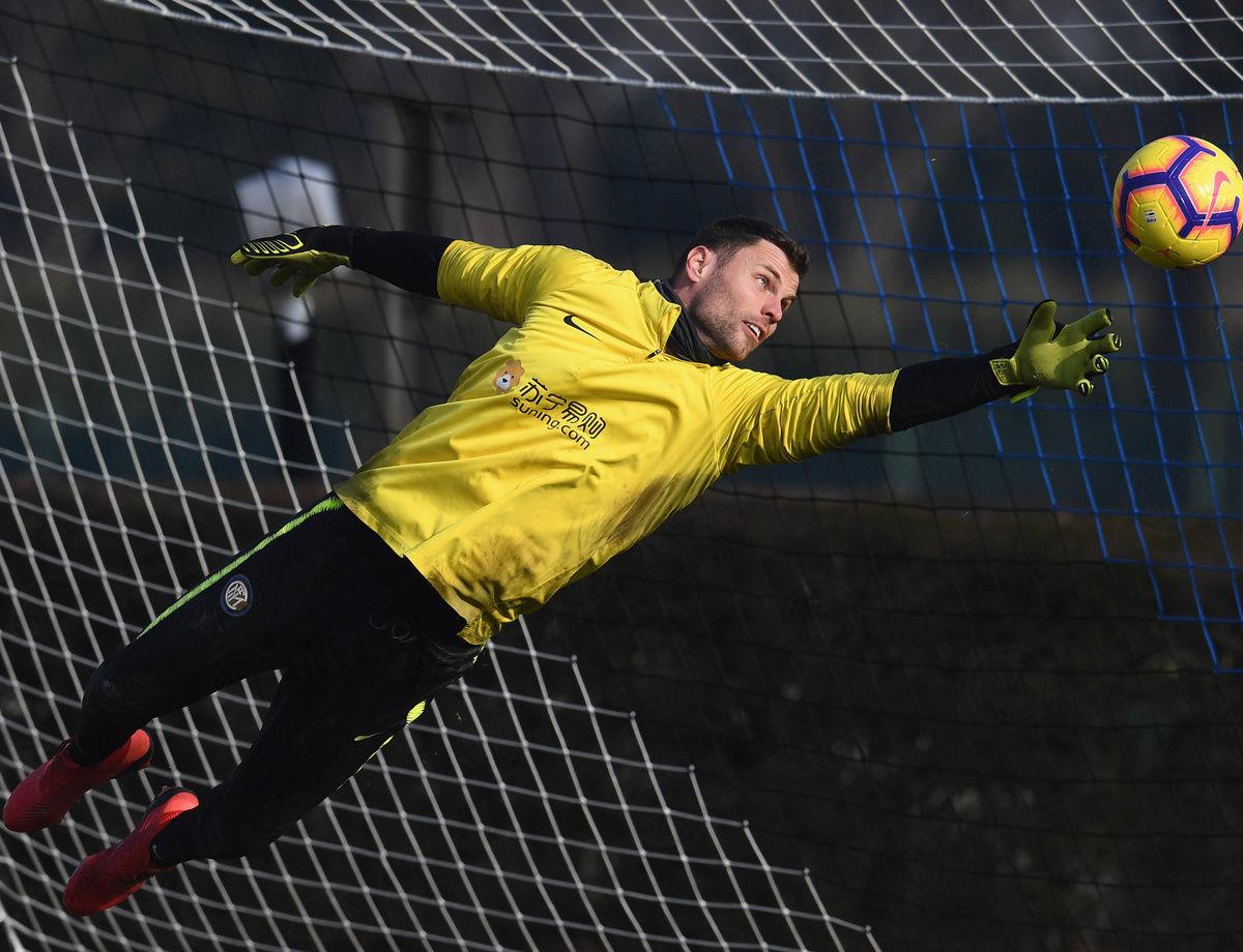 Daniele Padelli se queda en el Inter hasta 2020