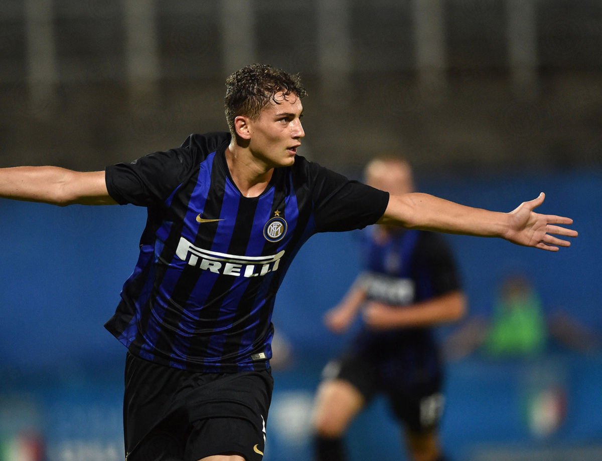 Esposito renews until 2022