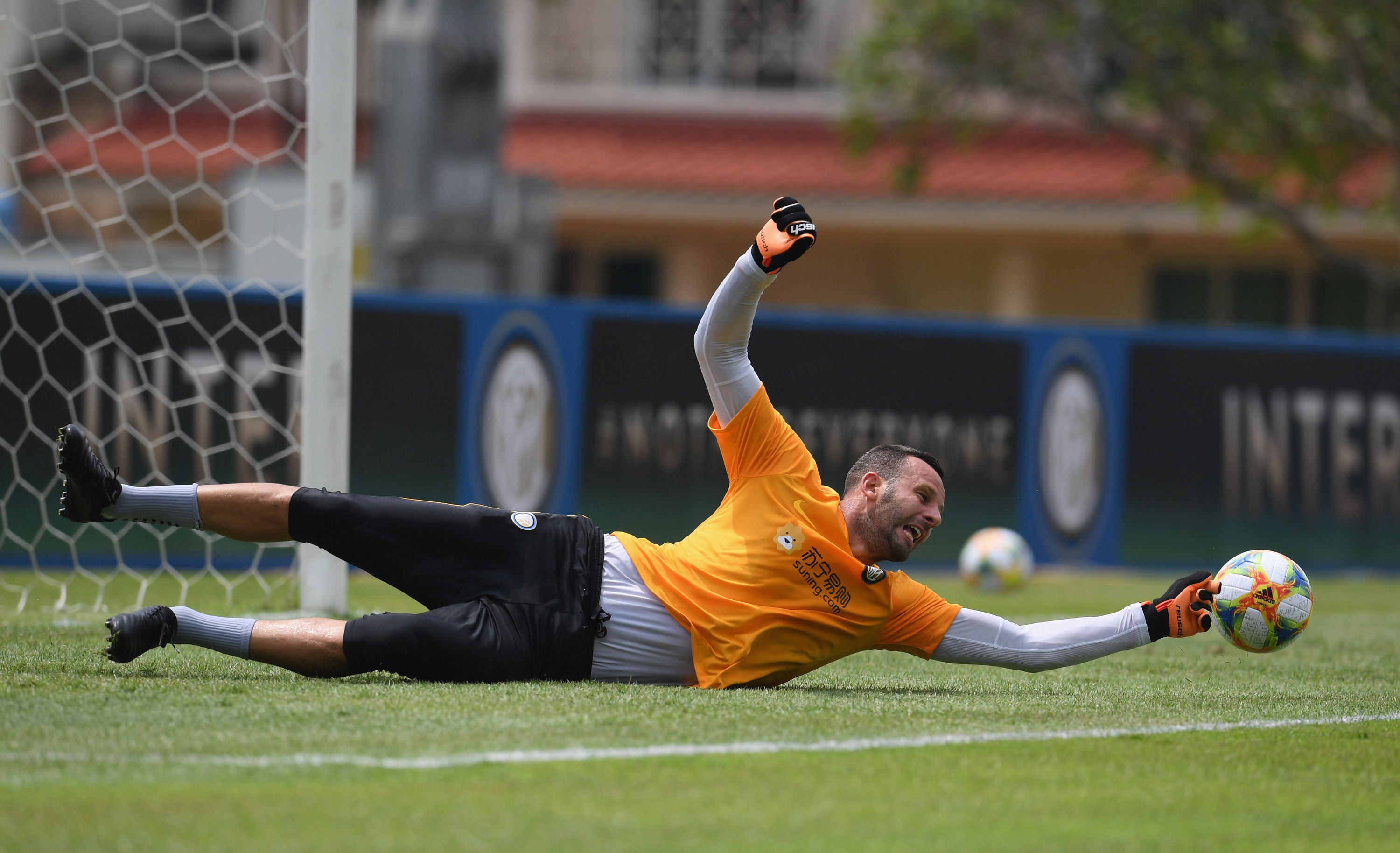 Inter's first training session in Singapore